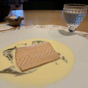 Famille Troisgros: les chefs, les cadoles et le saumon