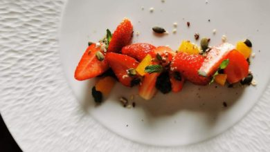 Les fraises, pesto d'estragon et céréales de Jessica Préalpato