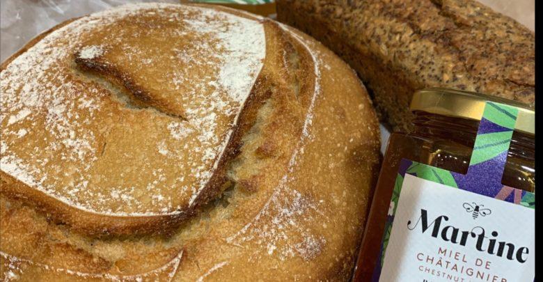 Confinés attablés #3 : du miel et du pain